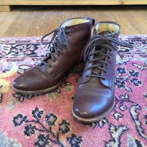 Frye Carson lace-up boots
